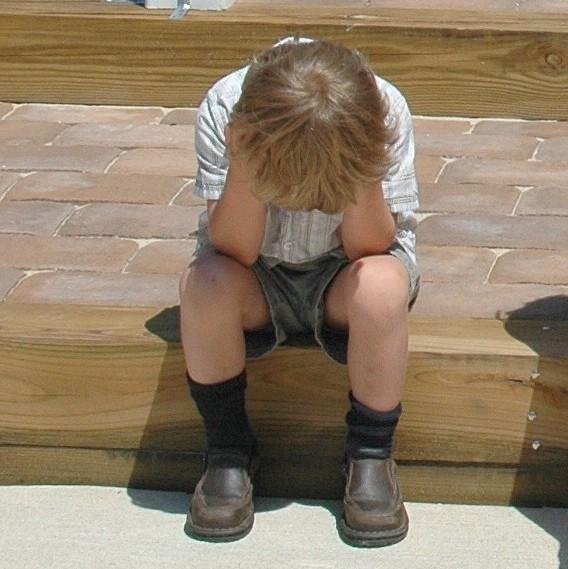 asistencia psicológica a niños y jóvenes